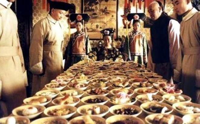 Xa xỉ như bữa ăn của Từ Hy Thái Hậu, 120 món chỉ ăn vài món