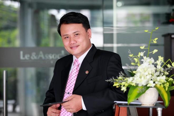 Cựu CEO Mai Linh: Uber và Grab cưới nhau, taxi truyền thống được lợi! - Ảnh 1.