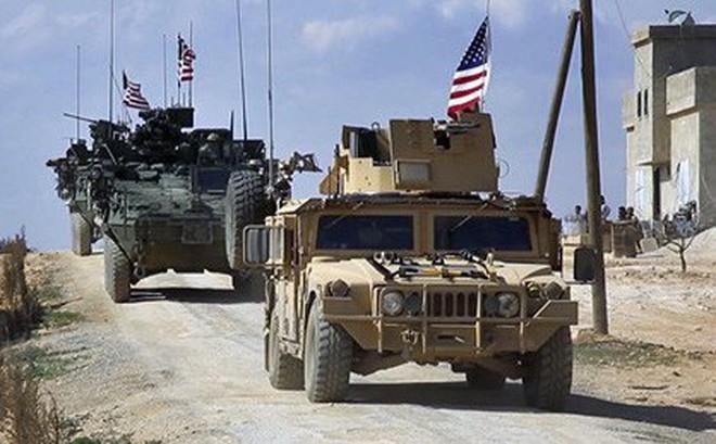 """Quân đội Mỹ thành lập căn cứ mới, """"độc chiếm"""" nguồn dầu mỏ ở Syria?"""
