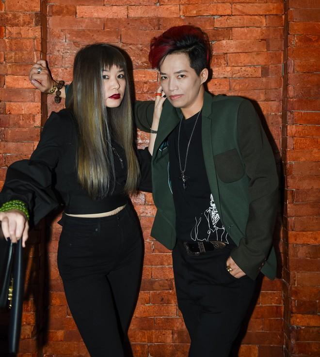 Siêu mẫu gốc Việt nổi tiếng - Jessica Minh Anh xuất hiện giản dị tại một sự kiện ở Hà Nội - Ảnh 6.