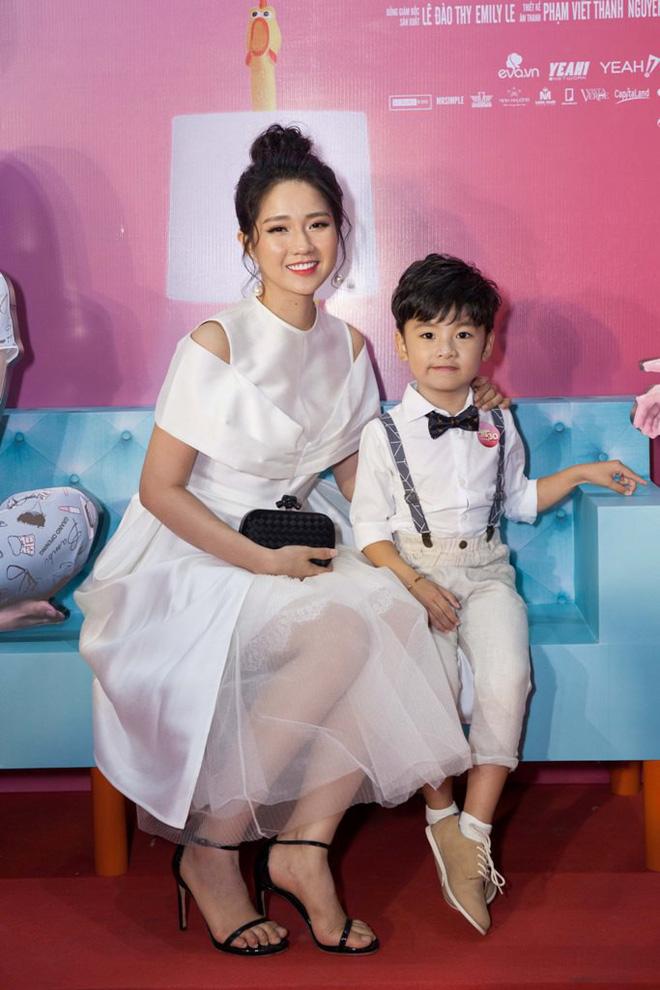 Trương Ngọc Ánh mặc trẻ trung, sành điệu hơn cả Hạ Vi - Ảnh 9.