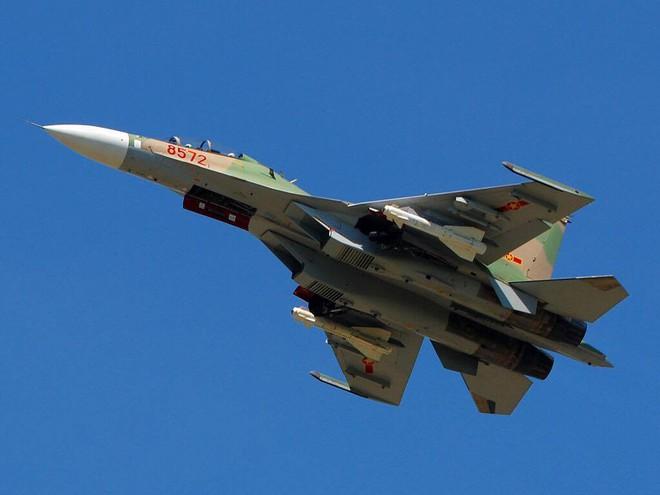 Việt Nam có nên sử dụng cả Su-30SM lẫn Su-35S như Không quân Nga? - Ảnh 3.