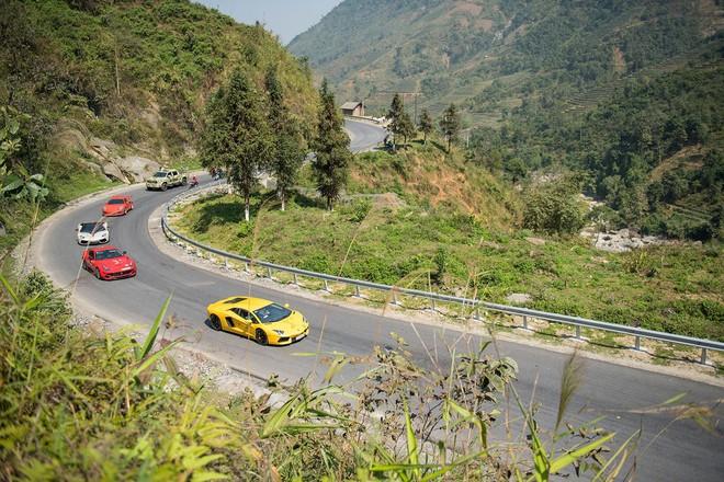 Chủ nhân Ferrari độc nhất Việt Nam chia sẻ bảo bối vượt ổ voi Tây Bắc - Ảnh 2.
