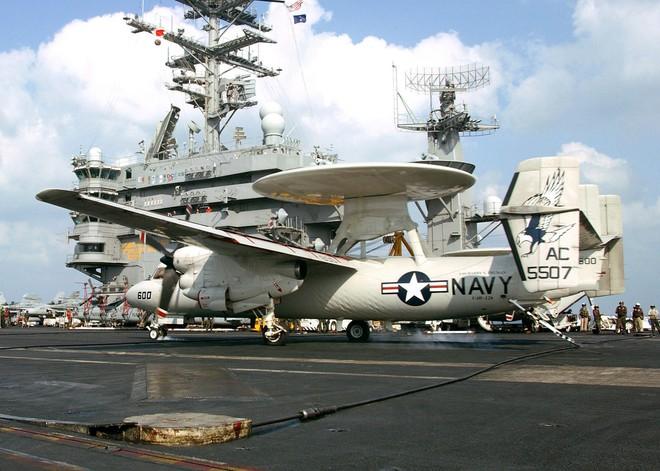 Tàu sân bay USS Carl Vinson mang những máy bay quân sự khủng nào đến Đà Nẵng? - Ảnh 3.