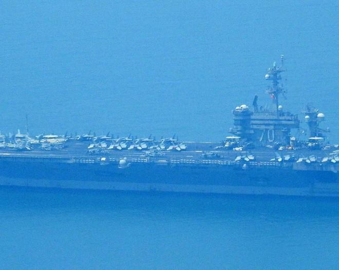 Tàu sân bay USS Carl Vinson mang những máy bay quân sự khủng nào đến Đà Nẵng? - Ảnh 4.