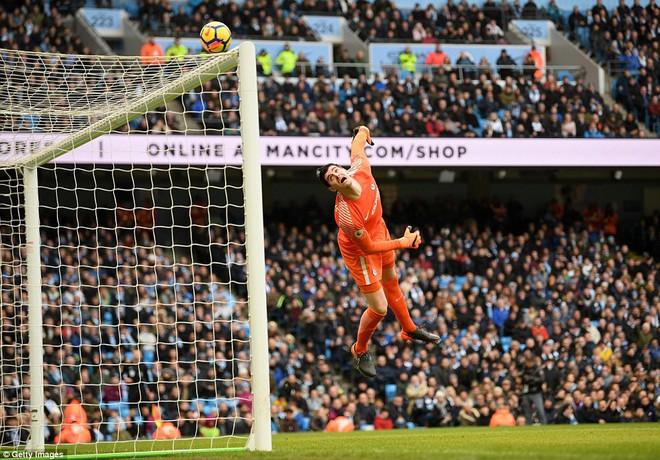 Bỏ túi Chelsea ngon ơ, Man City huýt sáo chào Premier League để về đích - Ảnh 3.