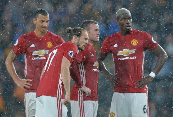 Đừng cười Wenger vội, bởi Mourinho cũng nào có hơn gì - Ảnh 4.