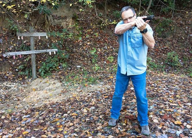 Đánh giá nhanh ưu nhược điểm của 4 tư thế đứng bắn súng ngắn phổ biến - Ảnh 13.