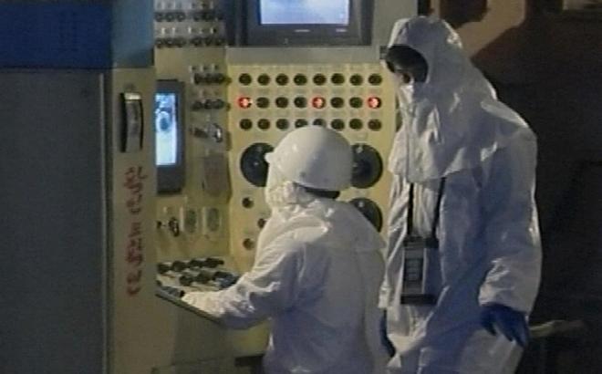 """Triều Tiên vừa chủ động hòa dịu với Hàn Quốc, vừa """"tranh thủ"""" khởi động lò hạt nhân?"""
