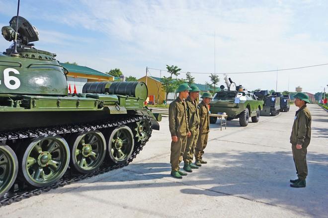 Những bông hồng thép của Bộ đội Tăng thiết giáp Việt Nam - Ảnh 4.