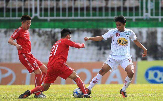 HLV U19 Việt Nam không hài lòng với phong độ của quân nhà bầu Đức - Ảnh 1.