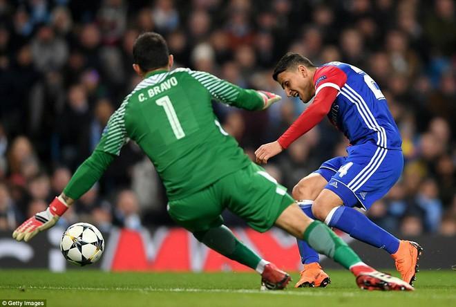 Sao trẻ ghi bàn, Man City ung dung đi tiếp dẫu thua trận - Ảnh 11.