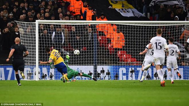 Bộ đôi sát thủ giúp Juventus ngược dòng, giật sập Wembley đoạt vé tứ kết - Ảnh 26.