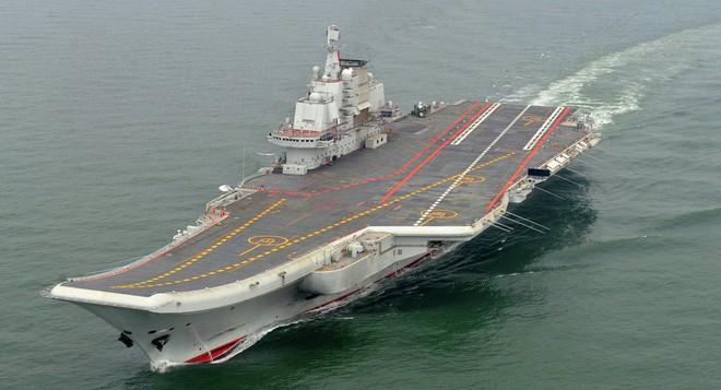 So sức mạnh tàu sân bay Trung Quốc và USS Carl Vinson vừa đến Việt Nam - Ảnh 1.