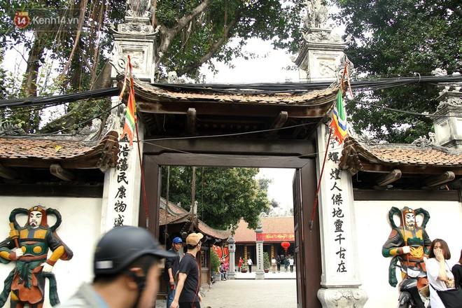 Từ chuyện cô gái được crush bỏ chặn facebook, chủ động nhắn tin, ghé thăm chùa Hà cầu duyên nổi tiếng ở Hà Nội - Ảnh 1.