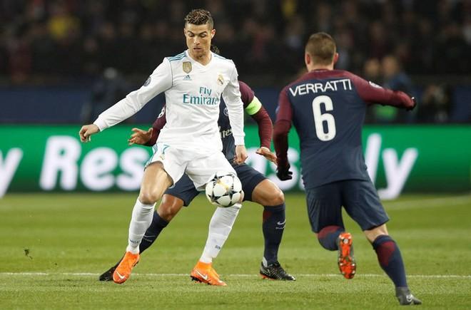 """Ronaldo đã """"dạy"""" tỉ phú của PSG một bài học - Ảnh 1."""