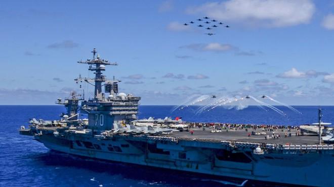 Tàu sân bay Carl Vinson Mỹ bất khả xâm phạm: Bị tấn công trực diện chính là ngày tận thế? - Ảnh 1.