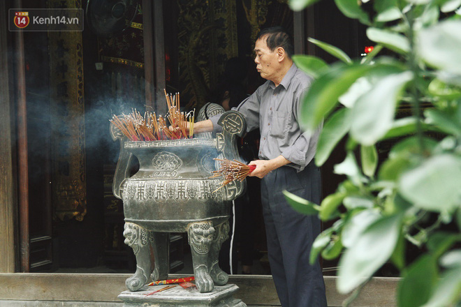 Từ chuyện cô gái được crush bỏ chặn facebook, chủ động nhắn tin, ghé thăm chùa Hà cầu duyên nổi tiếng ở Hà Nội - Ảnh 11.