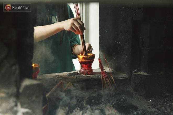 Từ chuyện cô gái được crush bỏ chặn facebook, chủ động nhắn tin, ghé thăm chùa Hà cầu duyên nổi tiếng ở Hà Nội - Ảnh 5.