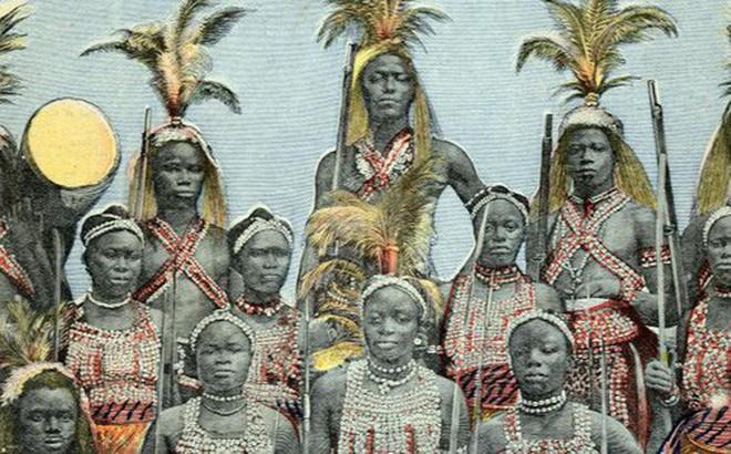 """Không chỉ trong """"Black Panther"""", lịch sử châu Phi cũng từng chứng kiến một đội quân phụ nữ quả cảm và khét tiếng"""