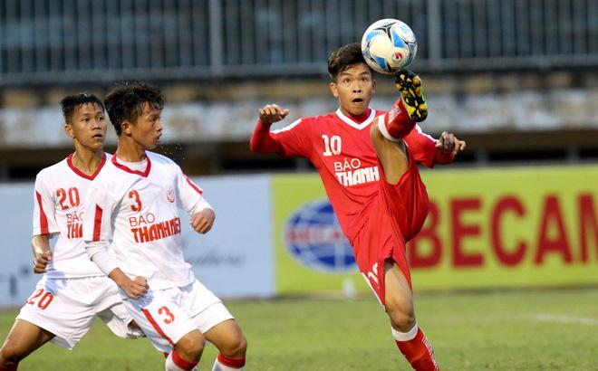 Bị loại khỏi U19, sao Việt Nam học...