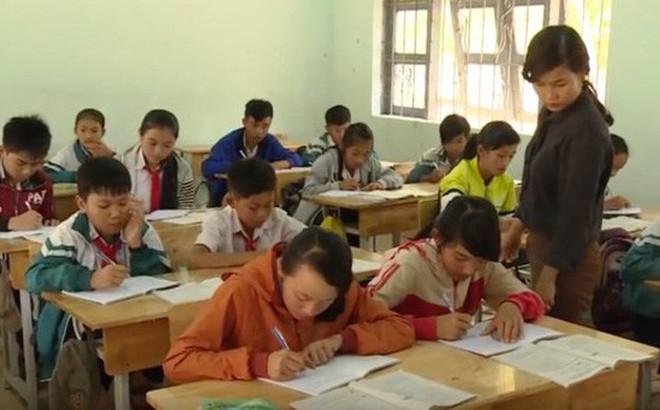 Hơn 500 giáo viên trong một huyện sắp bị mất việc