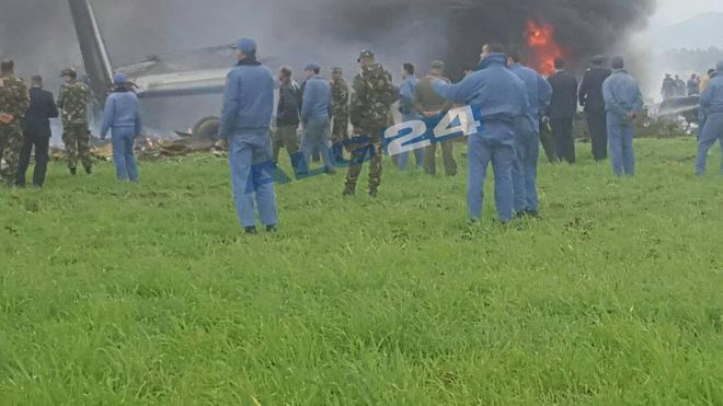 Algeria: Rơi máy bay quân sự chở 200 người, ít nhất 100 người thiệt mạng - Ảnh 1.