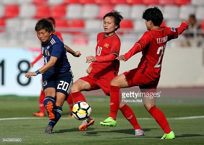 Nữ sát thủ xinh đẹp này có thể phá nát giấc mơ World Cup của tuyển Việt Nam - Ảnh 1.
