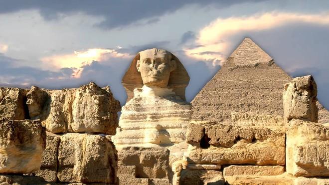 Sắp tìm ra mộ nữ hoàng bi đát nhất của Ai Cập: Phải cưới ông nội, cha và anh trai mình - Ảnh 1.