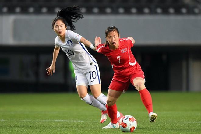 Nữ sát thủ xinh đẹp này có thể phá nát giấc mơ World Cup của tuyển Việt Nam - Ảnh 7.