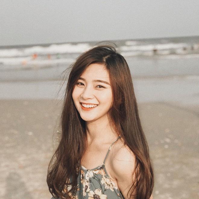 Nữ sinh ĐH Kinh Tế được mệnh danh là hot girl quân sự vì thoa kem chống nắng thôi cũng thần thái - Ảnh 5.