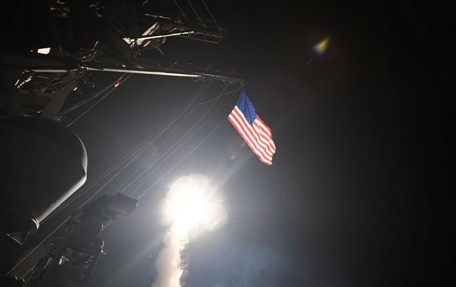 Đêm nay Mỹ và đồng minh có tiếp tục leo thang chiến sự ở Syria? - Ảnh 2.