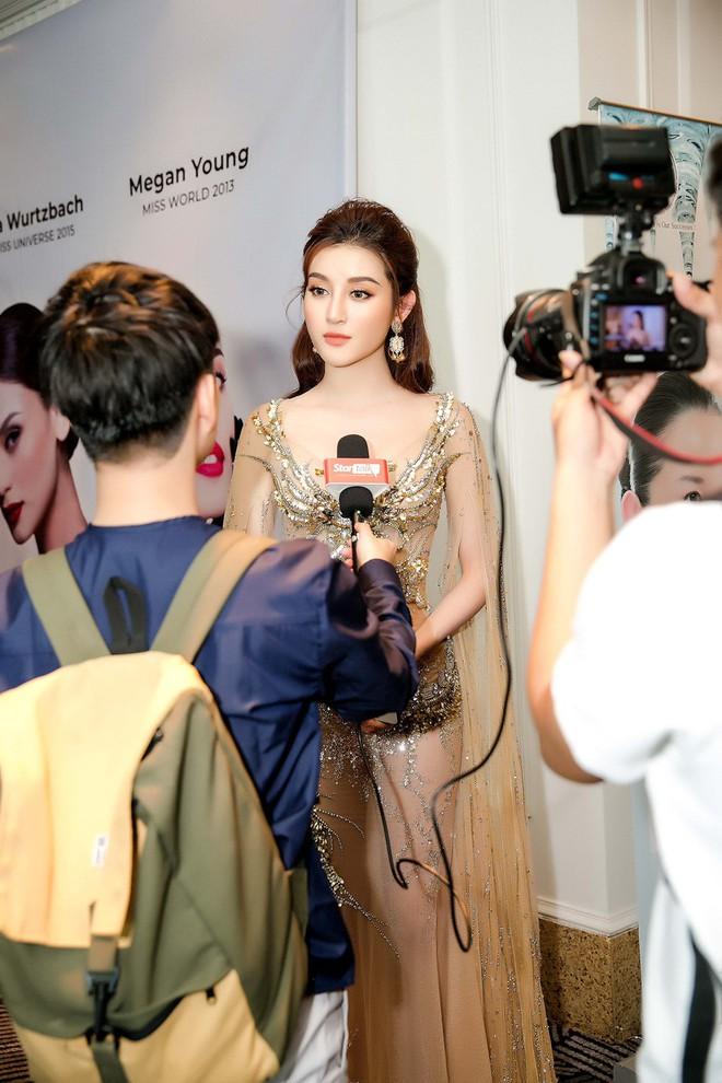 Huyền My đọ sắc với Hoa hậu Thế giới 2013 và Hoa hậu Hoàn vũ Quốc tế 2015 - Ảnh 11.