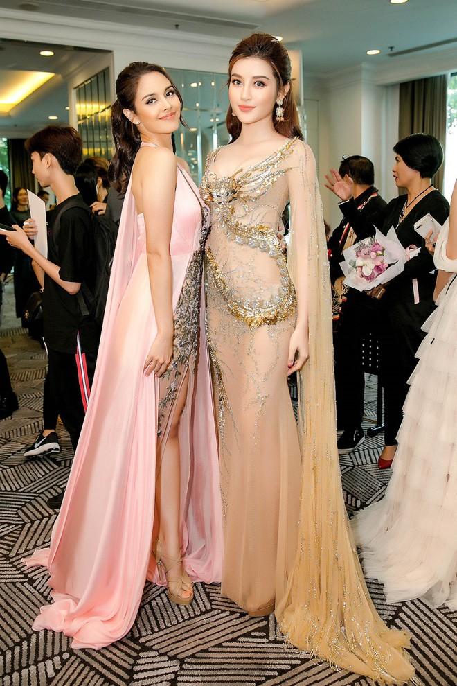 Huyền My đọ sắc với Hoa hậu Thế giới 2013 và Hoa hậu Hoàn vũ Quốc tế 2015 - Ảnh 9.