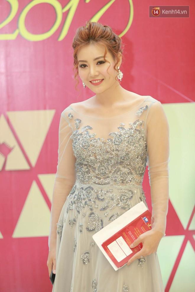 Cập nhật: Trương Ngọc Ánh diện váy xẻ sâu cùng dàn sao Việt đổ bộ thảm đỏ Cánh diều vàng 2018 - Ảnh 8.