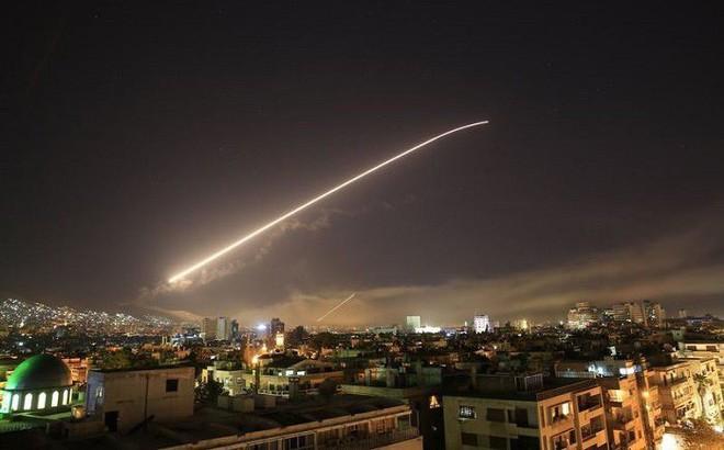 Nếu cuộc tấn công Syria là sao băng quét qua bầu trời Damascus, ai sẽ cười đến cuối cùng?