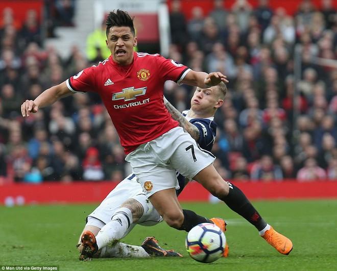 Copy công thức chiến thắng không thành, Man United sụp hầm trước đội bét bảng - Ảnh 5.