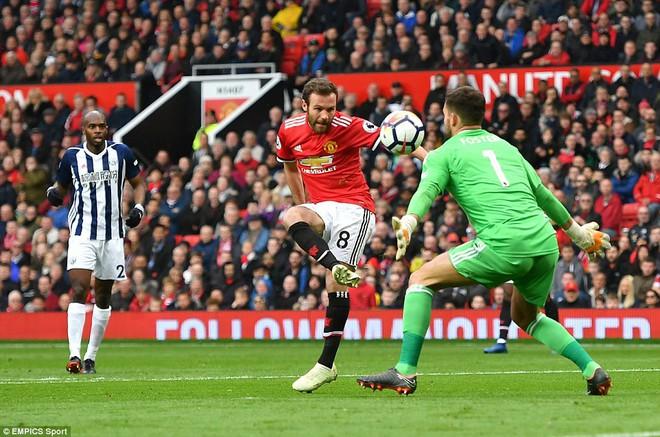 Copy công thức chiến thắng không thành, Man United sụp hầm trước đội bét bảng - Ảnh 6.