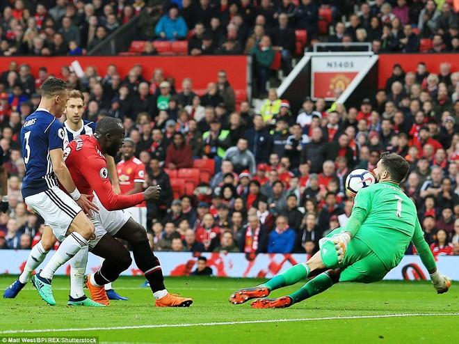 Copy công thức chiến thắng không thành, Man United sụp hầm trước đội bét bảng - Ảnh 7.