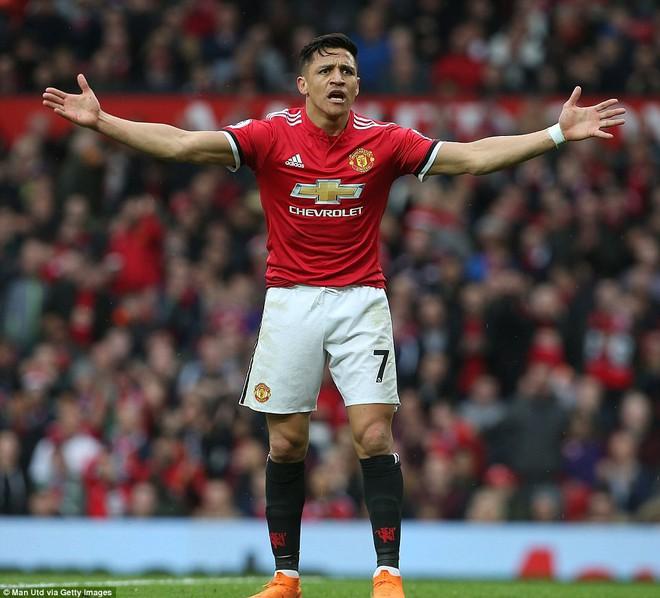 Copy công thức chiến thắng không thành, Man United sụp hầm trước đội bét bảng - Ảnh 8.