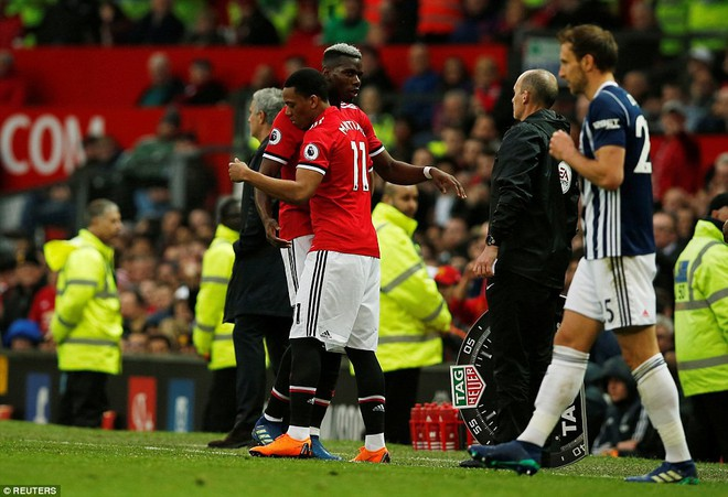 Copy công thức chiến thắng không thành, Man United sụp hầm trước đội bét bảng - Ảnh 12.