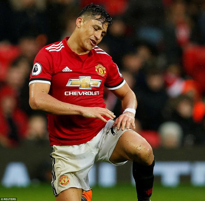 Copy công thức chiến thắng không thành, Man United sụp hầm trước đội bét bảng - Ảnh 26.