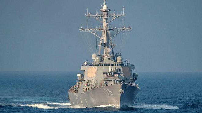 2 tàu chiến Mỹ im ắng bất thường khi Tomahawk giội xuống Syria: Cái bẫy cao tay? - Ảnh 2.