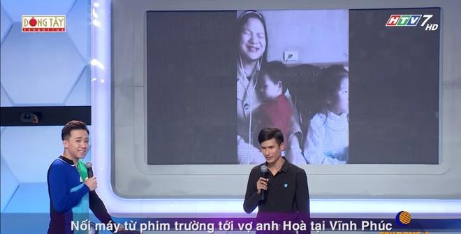 Việt Hương khóc trước câu chuyện mưu sinh của chàng trai khiếm thị - Ảnh 4.