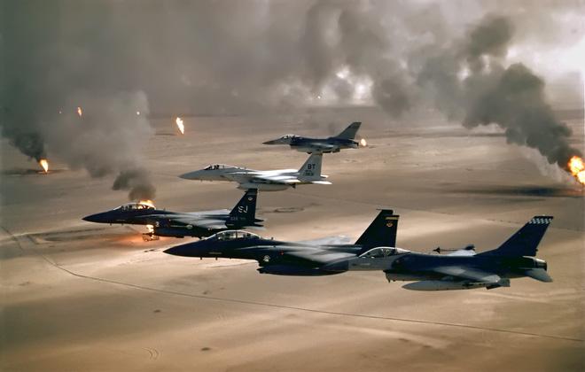 Vì sao phòng không Syria không vít cổ được máy bay chiến đấu của liên quân? - Ảnh 1.
