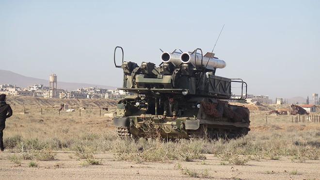 Chỉ với chiếc EA-6B đã loại biên, Mỹ khiến PK Syria rối loạn, bắn nhầm cả mục tiêu dân sự? - Ảnh 1.