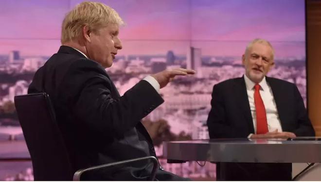 Không kích Syria: Quốc hội Anh sắp chất vấn thủ tướng - Ảnh 3.