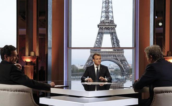 Tổng thống Pháp thuyết phục ông Trump không rút quân khỏi Syria
