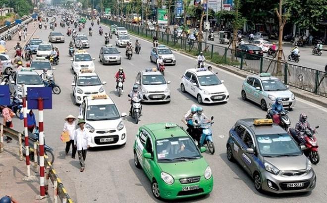 77 hãng taxi tại Hà Nội và câu chuyện sức mạnh của bó đũa