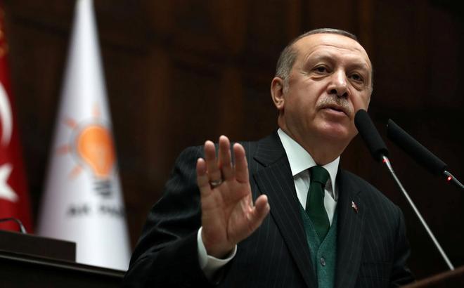 """Đứng ngoài cuộc ở Syria, Thổ Nhĩ Kỳ tuyên bố """"ủng hộ Mỹ không có nghĩa là tách biệt Nga"""""""